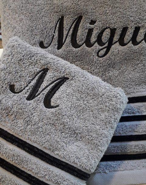 Toallas bordadas Miguel